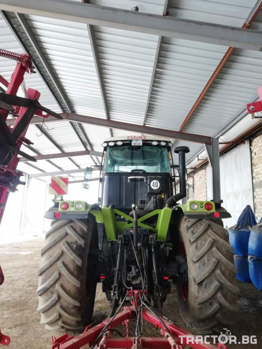 Трактори Claas XERION 3300 3 - Трактор БГ